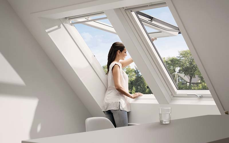 dachfenster deinb ck ohg t ren fenster. Black Bedroom Furniture Sets. Home Design Ideas